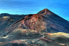 La Palma Teneguia volcano (Thomas Reichart ) Tags: sea holiday colors lava 1971 spain meer iron kanaren urlaub ash volcanoes lapalma 2008 canaryislands spanien farben teneguia kanarischeinseln fuencaliente vulkane picturesquevolcano