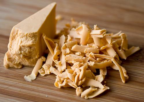 Medium Cheddar Sheese