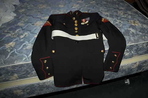 20081008_TX_carlos_dress_blues_1_1_web.jpg