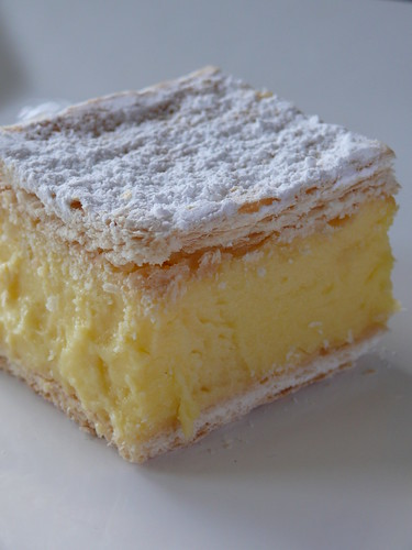 Best Vanilla Custard Cake Recipe