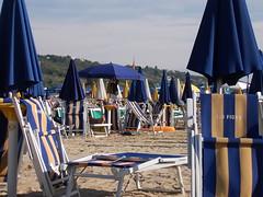 vasto ombrelloni 2 (pelajje) Tags: sea mare ombrelloni spiaggia beachumbrella