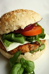 Cannellini Bean Burger (Elina Innanen) Tags: food tomato vegan beans burger bean hamburger vegetarian basil rocket onion pesto arugula cannellini