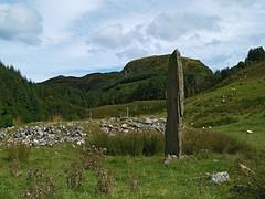 Kintraw 5  Steven F Watson 2007 (WatscapePhoto) Tags: stone scotland ancient stones argyll enigma prehistoric megalith standingstone kintraw ishflickr