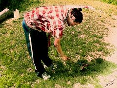 Agricolo al lavoro (*Tom [luckytom] ) Tags: tom work trabajo working farmer enrico zappa braccio lavoro ctm lavorare contadino lavora enri agricolo favcol errico agraria erri zappetta zappare luckytom lavoroworktrabajo
