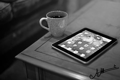 iPad  (A.A.A) Tags: white black apple coffee by photography ilove aaa  amna irresistible ipad abdulaziz althani