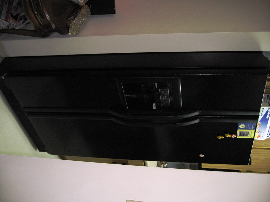 BLACK SIDE BY SIDE MATAG REFRIGERATOR