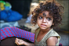 black eyes - Kolkata (Maciej Dakowicz) Tags: poverty travel portrait india girl canon hope asia tears indian homeless 5d cry kolkata calcutta slum westbengal 50millionmissing