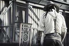 [ do not argue with him... ] ([ chang ]) Tags: bw espaa white black west blanco andaluca spain cowboy negro bn western desaturated bianco hang nero almera spagna sergioleone farwest tabernas desaturato impiccaggione fortbravo platinumphoto impiccare wwwriccardoromanocom