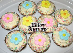 BirthdayCupcakes1_0432