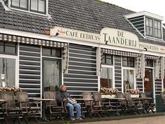Marken - North Holland (18.08.06) (martpav) Tags: netherlands marken olanda northholland