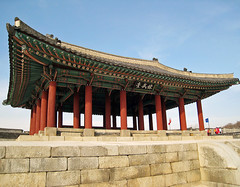 Dongjangdae (Yeonmudae) (Dae-Wang) Tags: architecture training asian fort korea southkorea pavillion hwaseong suwon goldenglobe hwasong excapture ilovemypics spiritofphotography dongjangdae yeonmudae