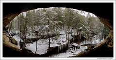 Hocking Hills - Old Man's Cave Panorama (robvaughnphoto.com) Tags: old winter ohio robert ice canon sigma os rob hills mans cave vaughn robb 18200 hockinghills hocking sickles 40d robvaughnflickr robvaughn rjvtog
