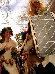 Karnavali in Rahes (angeloska) Tags: ικαρία καρναβάλι αποκριά drum κουδουνάτοι ράχεσ χριστόσ karnavali bellbearers carnaval ikaria rahes christos carnival groupshot souvenir activity action outdoors intervention fun