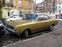 Opel Rekord C 1900S Coupé (jens.lilienthal) Tags: auto classic cars car vintage c voiture 1900 oldtimer cokebottle autos coupe holden opel monaro voitures rekord youngtimer kantsteinlegenden