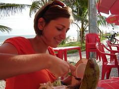 coco: segunda parte (ellamiranda) Tags: brasil riodejaneiro playa coco barradatijuca aguadecoco marzo08