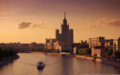 """One of the Moscow's """"Seven sisters"""" at sunset. (Andrey Permitin) Tags: colour reflections evening nikon moscow d40 stalinsarchitecture thegalleryoffinephotography"""
