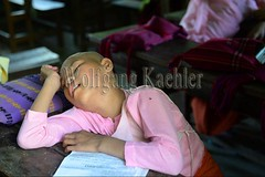 30099537 (wolfgangkaehler) Tags: 2017 asia asian southeastasia myanmar burma burmese mandalay sagaing aungmyazoomonastary monastery school publicschool elementaryschool children novices girl asleep sleeping