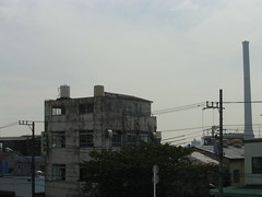 壁一枚の建造物