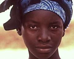 African Girl (Osvaldo_Zoom) Tags: africa portrait girl beauty poem canvas mali lioness blackwoman theface kayes tacomaartmuseum 10faves africangirl facialportraits