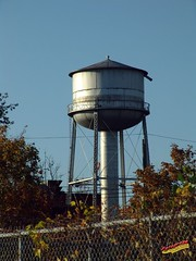 Fleischmann's Yeast Water Tower LSG20071030 012 (fotoproze) Tags: canada quebec lasalle 50 watertowers 2007  watertorens torresdeagua   toursdeau wasertrme  torrettediacqua torresdegua