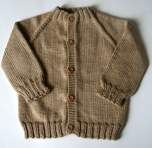 FO   Top-Down Seamless Raglan Baby Sweater!   Vickilicious Knits
