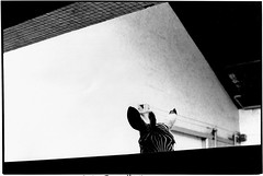 LONDON-34.jpg (Cyclops Optic) Tags: street england bw london documentary eighties 1980s cslondon