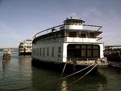 STP82077 (emanistan) Tags: sanfrancisco ferry boat waterfront samsung embarcadero sanfranciscobay santarosa digimax pier3 sanfranciscobelle l85
