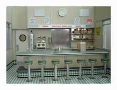 Diner-interior (Michael Paul Smith) Tags: scale miniatures models dioramas diecastcars