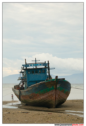 Ship ashore by joaoamaralphoto