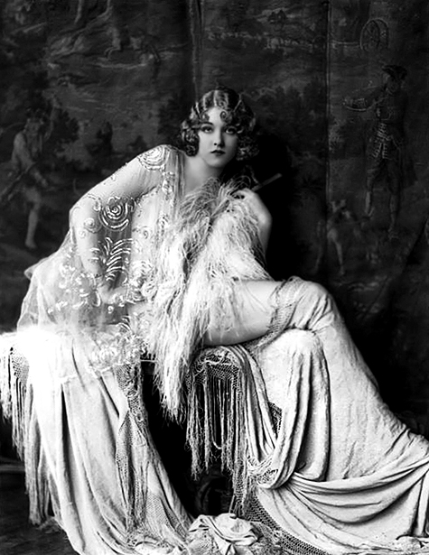 Alfred Cheney Johnston, Gladys Glad