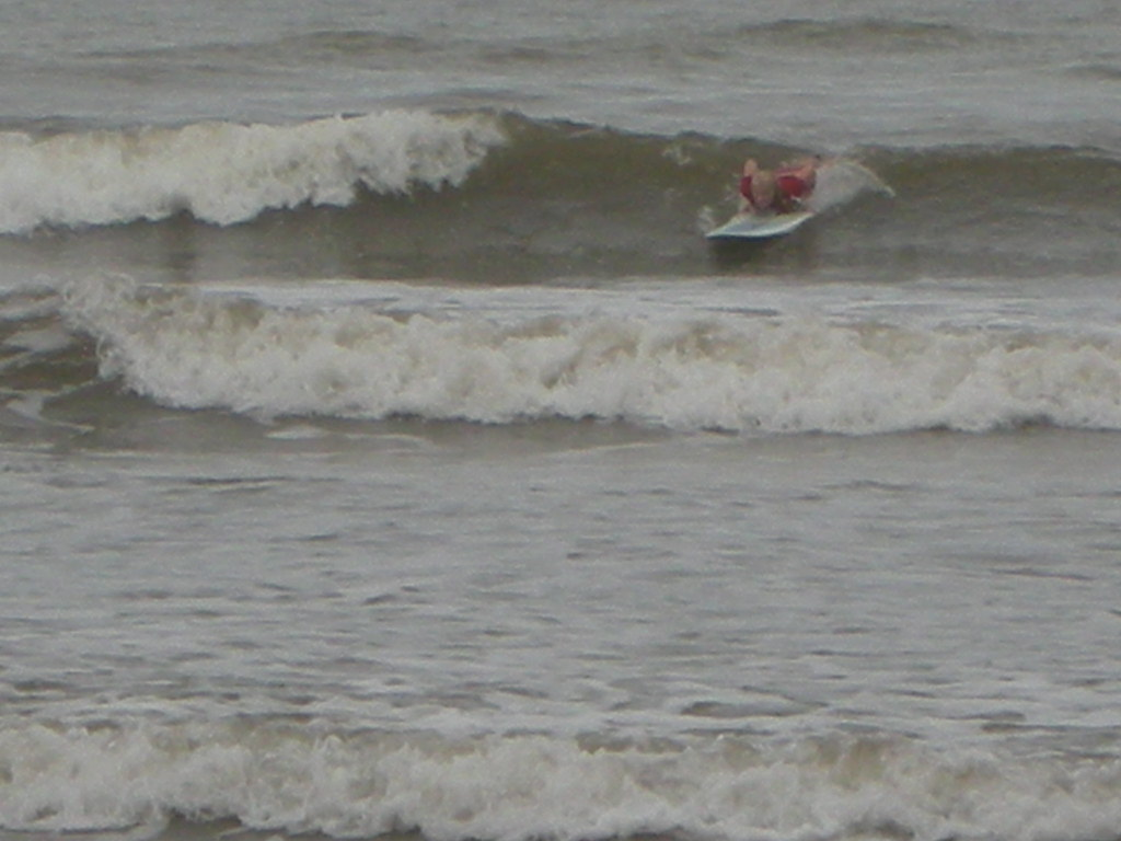 Em pushing up to catch a wave