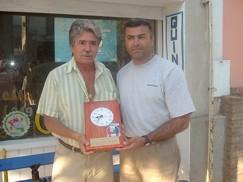 Amilcar Frizzo junto a Néstor Arias -Secretario de Deportes de Ruffino-