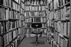 skoob (pfig) Tags: leica blackandwhite bw london film 35mm library books bookshop neopan1600 londonist skoob pfig csm2008