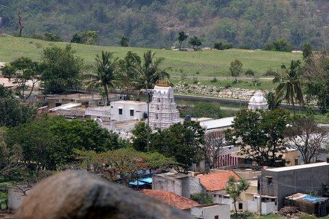 vidyA shankara swAmy temple from viewpoint