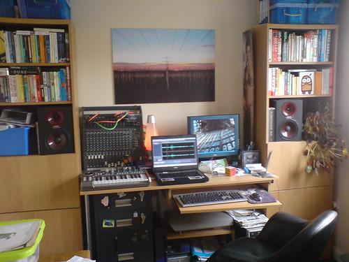 gusset studio 08