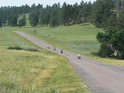 bikers dans custer park.jpg