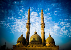 Masjid Al-Noor (KoRaYeM) Tags: bridge blue sky architecture clouds digital sunrise geotagged rebel xt raw minaret islam eid egypt mosque cairo single dome personalfavorite mezquita bec domes digitalrebelxt masjid noor 6th  islamic lightroom photogallery  alnoor flickrexplore 6october  ultimateshot superbmasterpiece korayem geo:lat=30075992 geo:lon=31283762