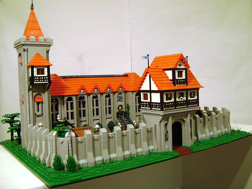 Castle MOC Crown Manor