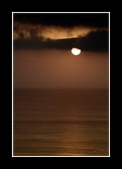 Puesta de sol 7.jpg (Jose Luis Durante Molina) Tags: sunset sea sky españa sun sol water clouds landscape atardecer soleil mar spain agua paisaje canarias atlantic ciel cielo nubes lapalma espagne mere atlanticocean canaryislands spanien atlántico islascanarias océanoatlántico goldenglobe isladelapalma holidaysvacanzeurlaub frhwofavs coolestphotographers lapalmaisland unlimitedphotos llovemypic joseluisdurante