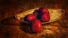 Red Potatoes (Uncle Phooey) Tags: red stilllife potatoes artistic expression explore artsy potato redpotatoes artisticexpression fineartphotos avision diamondclassphotographer ysplix excapture unclephooey