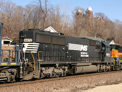 NS 6672 (Aaron Florin) Tags: ns norfolksouthern emdsd60 ns6672