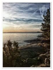 An other view of Lake Vänern (Börje Tröttne) Tags: lakevänern värmland vänern värmlandsnäs lake sweden water horizon