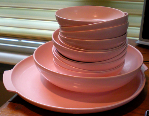 Aztec melmac dishes in PINK!