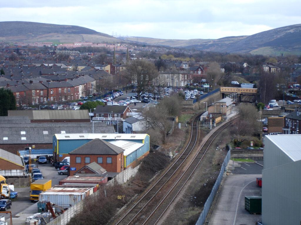 Ashton under Lyne Railway Station