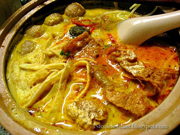 melaka curry laksa