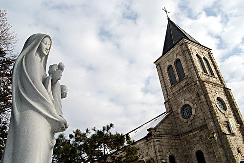 Virgin Mary, Jungnim-dong Cathedral
