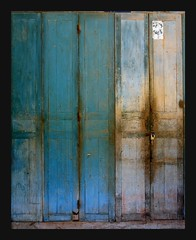 blue doors (Z Eduardo...) Tags: door blue urban house colours decay laos bigone champasak mywinners abigfave superaplus aplusphoto theperfectphotographer