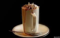 Hot Chocolate...:) (Silvi_e summ99) Tags: hot beauty promotion interesting view propaganda chocolate coffeecup quality fine super best special elegant publicity werbung schokolade blick heise summ99 interessant