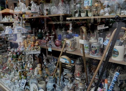 Bimbeloterie et souvenirs, Untere Markt Straße, Boppard, Landkreis Rhein-Hunsrück, Rhénanie-Palatinat, Allemagne.