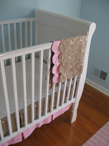 Crib skirt and scalloped blankie